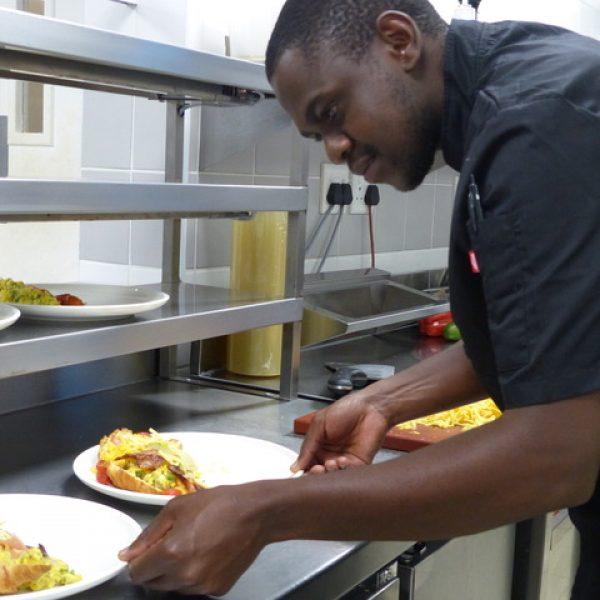 "Meet Thabiso – Abelana River Lodge's ""food doctor""!"